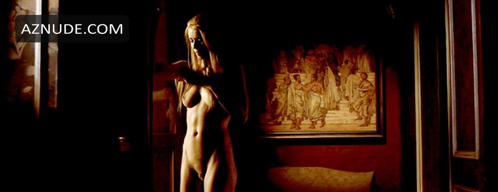 Room in rome nude