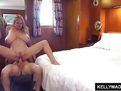xxgifs young hairy pussy small tits