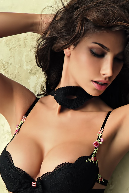 Hot sexy girls without clothes