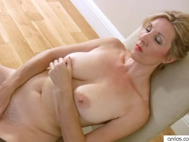 actress all nude