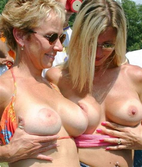 Mother daughter tits